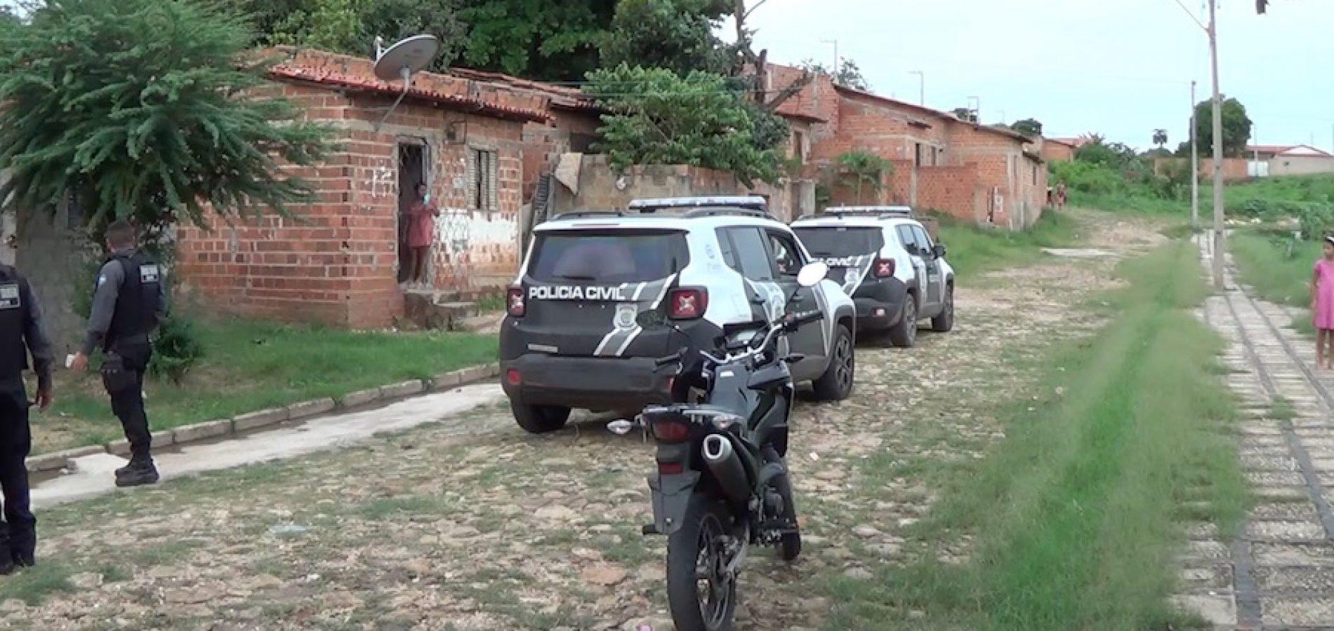 Acusado de estupro vai à delegacia tirar satisfação com policial e é preso