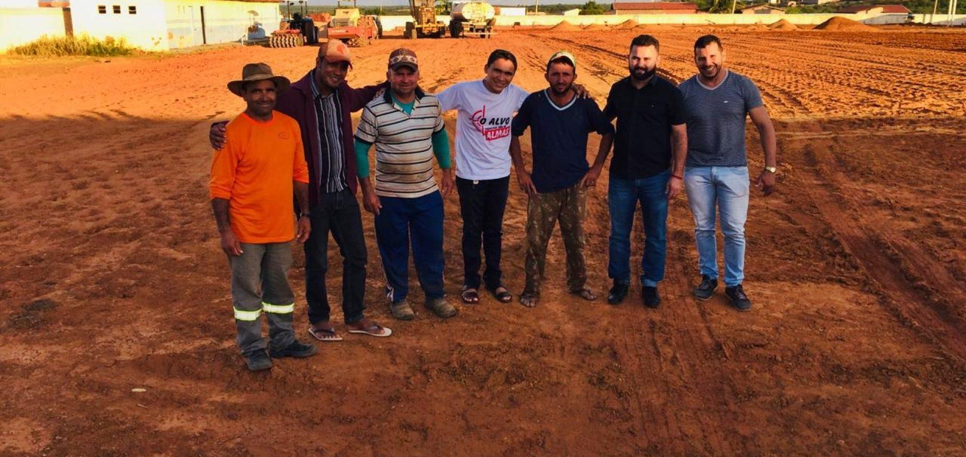 Em obras, Estádio Municipal de Jacobina do Piauí será gramado