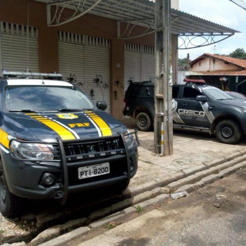 PRF e Greco apreendem cargas roubadas avaliadas em R$ 1 milhão