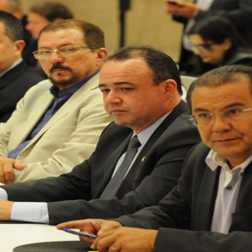Presidente da APPM participa de reunião do Conselho Político da CNM