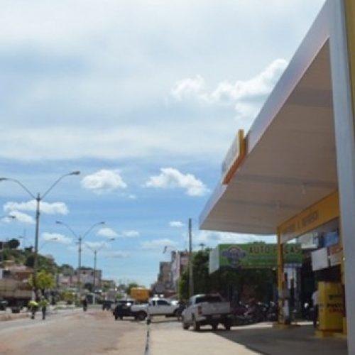 Confira diferença de preços dos combustíveis em 11 postos de Picos