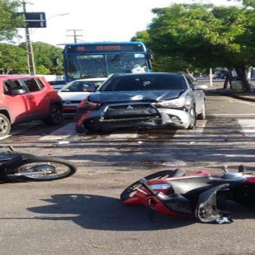 Acidente entre carro e motocicletas deixa feridos no Piauí