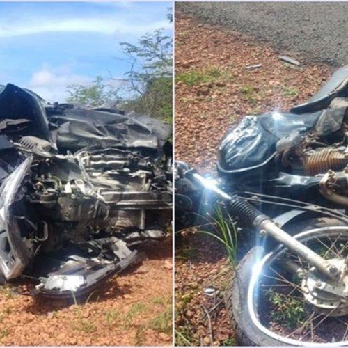 Motociclista é arremessado em colisão contra carro e morre em rodovia do Piauí