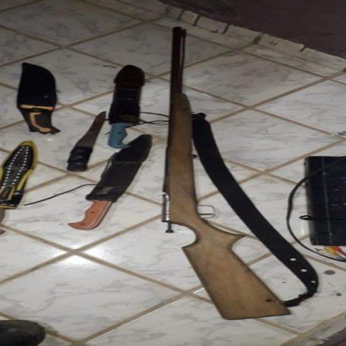 Duas pessoas são detidas e armas são apreendidas em operação da PM no PI