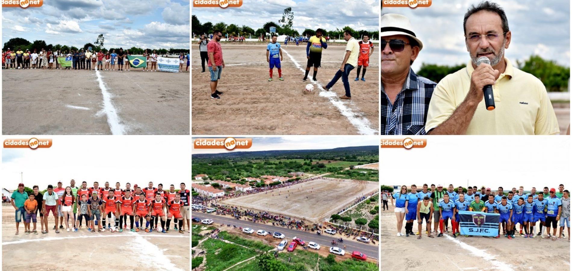 Prefeito Jorismar abre o 20º Campeonato de Alagoinha do Piauí; Barra empata com São José na estreia