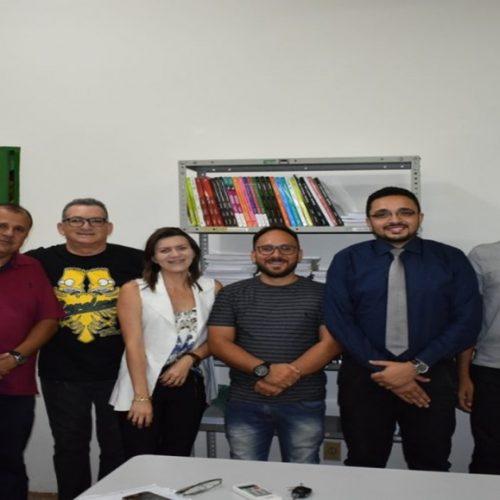 PICOS | COJUV reúne professores do Cursinho Municipal para planejar ações