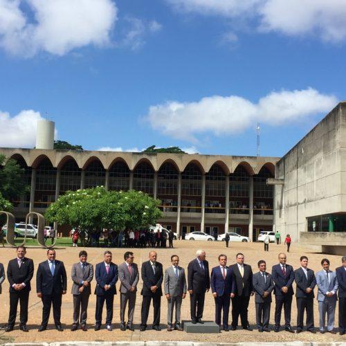 Deputados abrem oficialmente os trabalhos na Alepi em dia de visita de Wellington Dias