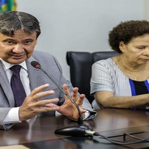 """""""Dificuldades podem nos envergar, mas não nos quebrar"""", garante governador em mensagem"""