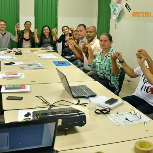 Em Massapê do Piauí, Educação prepara servidores para o início das aulas