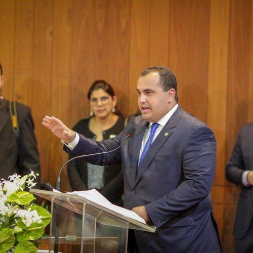 Eleito o deputado estadual mais bem votado do Piauí, Georgiano Neto é empossado para segundo mandato