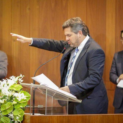 Pablo Santos é empossado para o segundo mandato de deputado estadual no Piauí