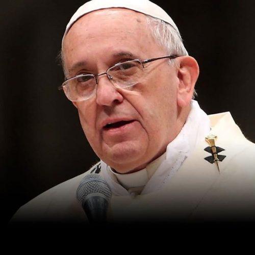 Papa Francisco pede que búlgaros abram seus corações e casas aos imigrantes