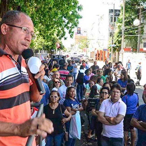 Professores do estado anunciam paralisação e protesto nesta segunda (18)