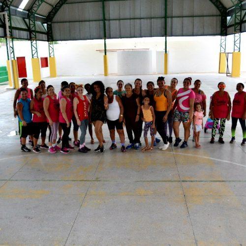 Em Alegrete do Piauí, Secretaria de Cultura promove 'Carnaval do Zumba'; veja fotos