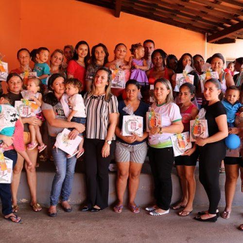 CRAS de Santana promove encontro informativo com famílias acompanhadas pelo Criança Feliz