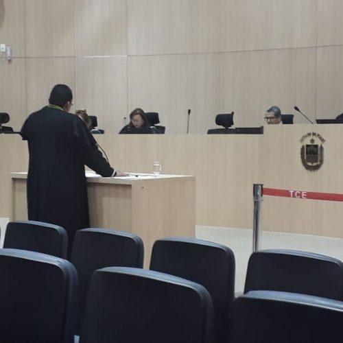 TCE julga improcedente denúncia de nepotismo feita por vereadora contra prefeito Edilson Brito
