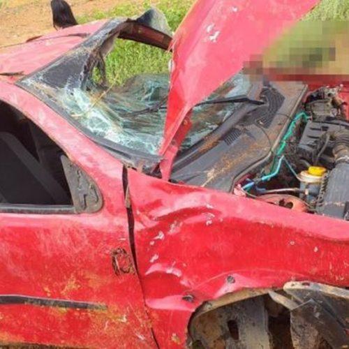 Homem morre após capotar carro em alta velocidade no Piauí