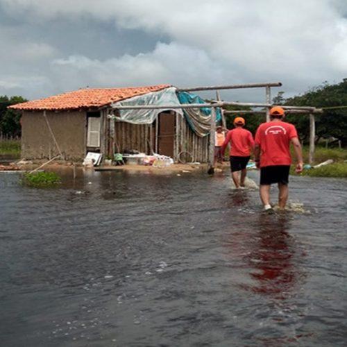 Bombeiros continuam em alerta mesmo com trégua de chuvas em cidade do Piauí