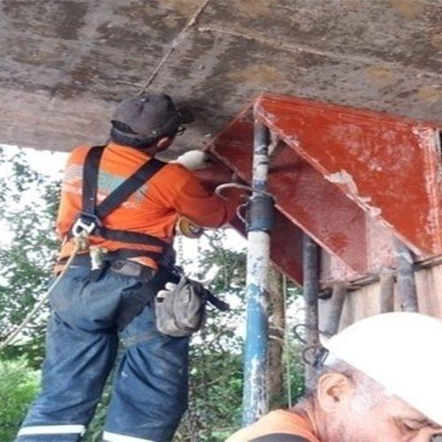 DER realiza obra emergencial na Ponte do Estreito na PI-211