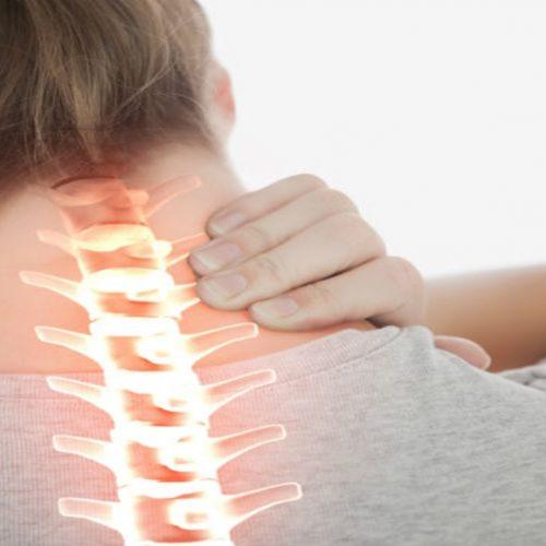 Descubra como aliviar a dor no pescoço com 4 passos simples