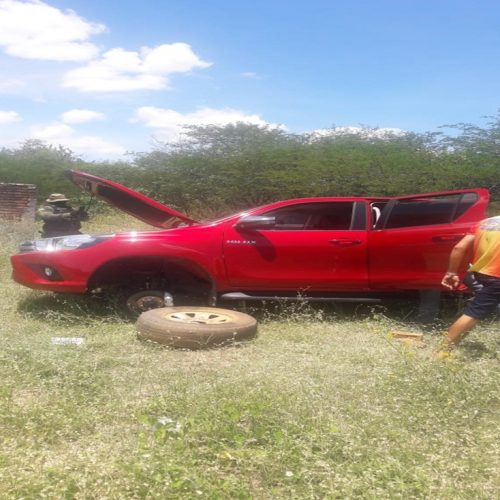 Veículo tomado de assalto em Campo Grande do Piauí é encontrado na zona rural de Alagoinha