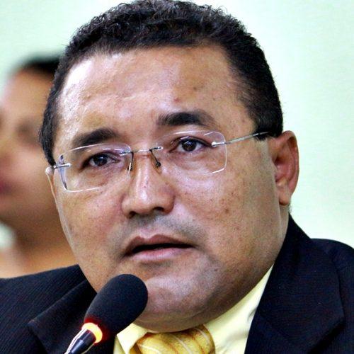 Vereador Irmão Jessé apresenta moção de repúdio e propõe a suspensão da reforma da previdência