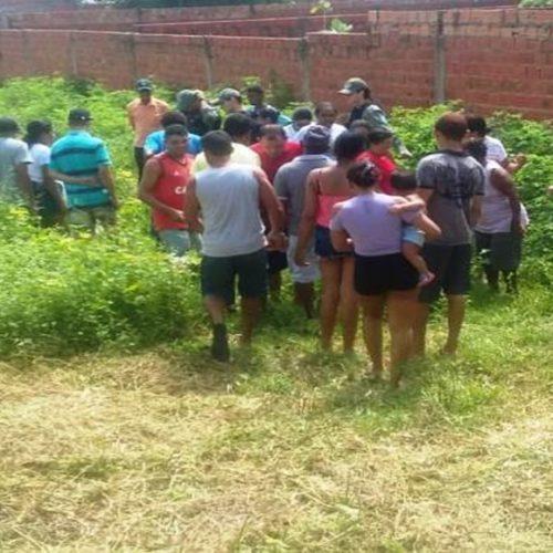 Adolescente encontrada morta teve o pescoço quebrado e foi espancada
