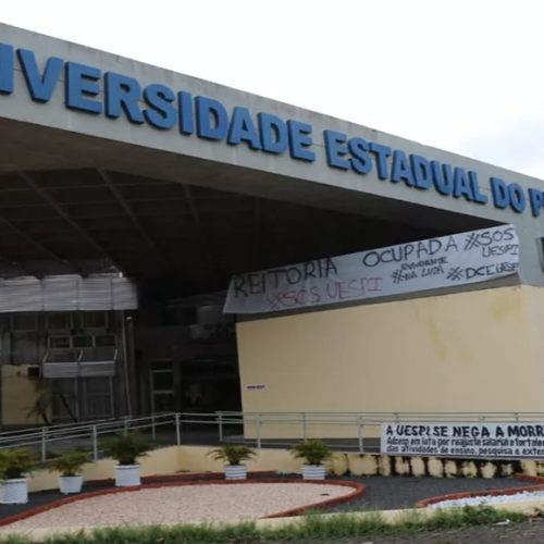Uespi lança edital de Transferência Externa com 1.615 vagas
