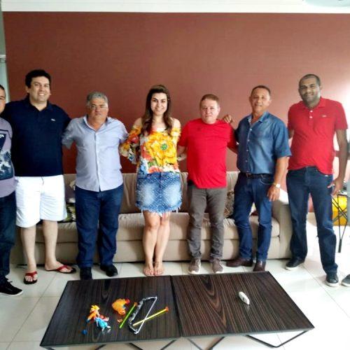 INHUMA | Prefeito Silva Júnior e lideranças municipais se reúnem com a deputada federal Dra. Marina