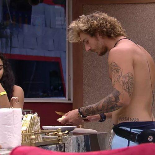 BBB 2019: Elana ensina Alan a fazer panquecas