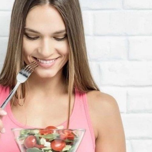 Descubra os alimentos que lhe manterão saciado por mais tempo