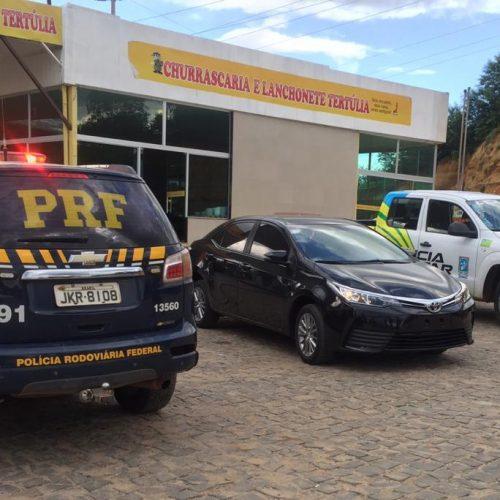 PM e PRF recuperam, em Monsenhor Hipólito, veículo roubado