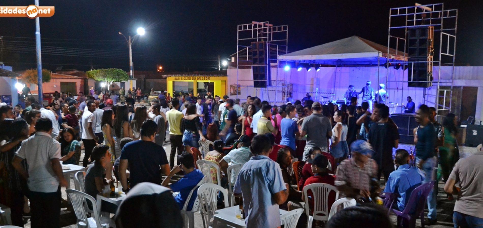 FOTOS | Show com Jorge do Acordeon nos festejos de Belém do Piauí