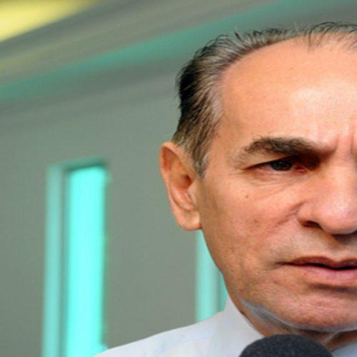 """""""Sem empréstimo, vamos atrasar benefícios sociais"""", alerta Marcelo Castro"""
