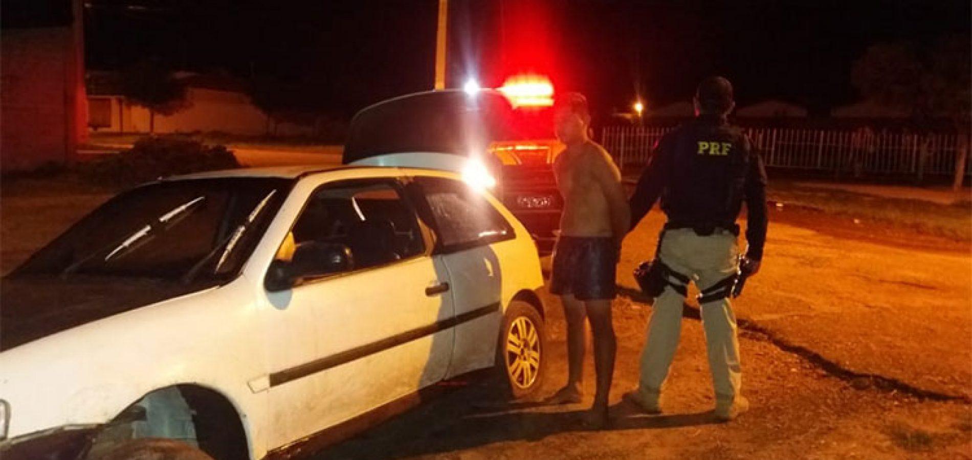 Em Picos, motorista joga carro contra viatura ao tentar fugir de abordagem