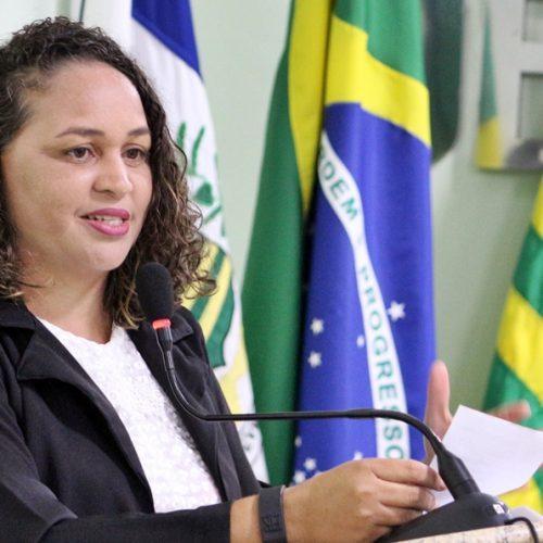 Vereadora Sirlene quer creches para os bairros e povoado de Jaicós