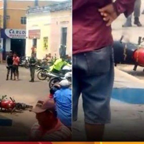Homem coloca fogo em sua moto após apreensão em blitz no Piauí