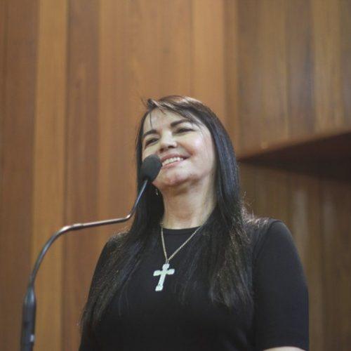 Deputada Teresa Brito vai apresentar projeto que cria a semana estadual da luta contra a depressão