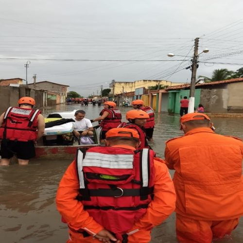 Governo manda ajuda humanitária para duas mil famílias