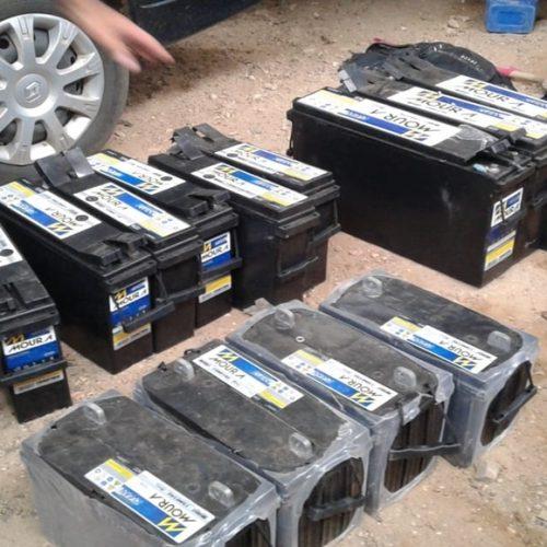 Baterias furtadas de torre da Vivo são achadas dentro de uma oficina em cidade do PI