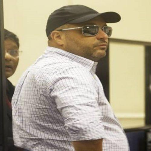 Mesmo preso, miliciano que controla Muzema foi convidado a evento da PM