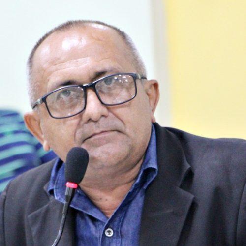 Vereador Divino quer que representantes cobrem o pagamento dos precatórios dos profissionais da Educação de Jaicós