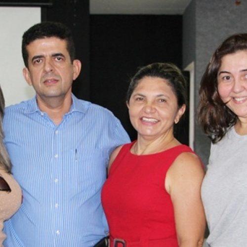 Secretária de Saúde de Massapê do PI participa de reunião sobre oficina do CEIR em Jaicós