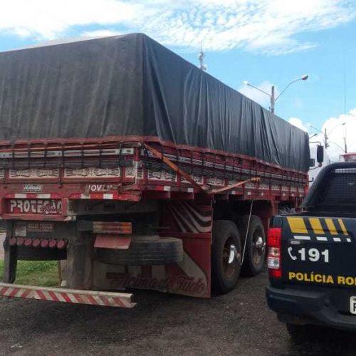 PRF apreende carga de alimentos sem nota fiscal em Ipiranga do Piauí