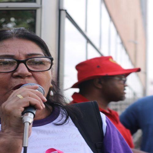 Professores do Piauí citam os desafios para se aposentar e vão às ruas contra a reforma da Previdência