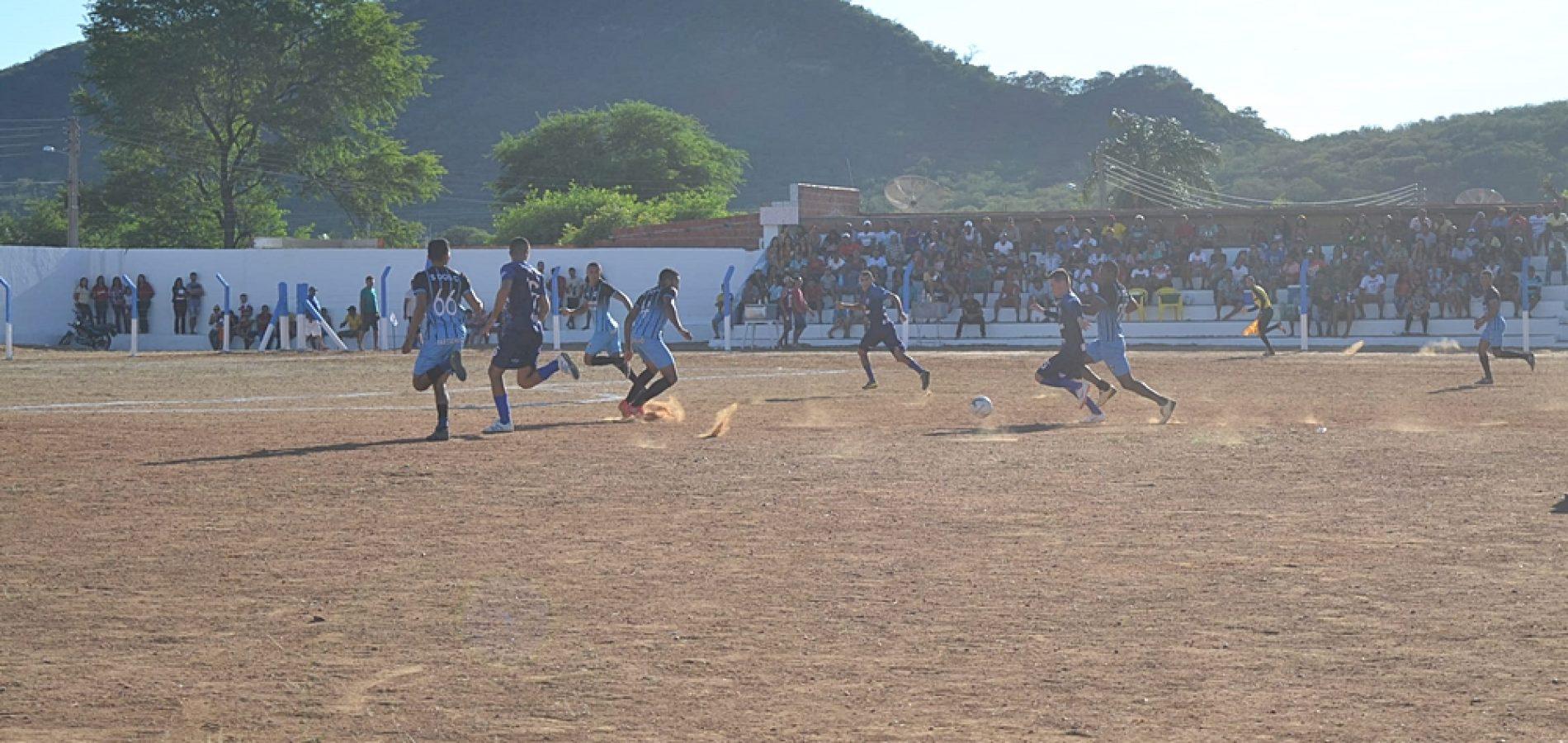 Duas novas partidas do Campeonato de Futebol de Simões acontecem nesta quarta (01)