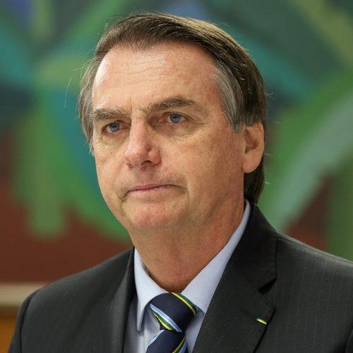 Bolsonaro recua e revoga decreto que facilita porte de arma de fogo
