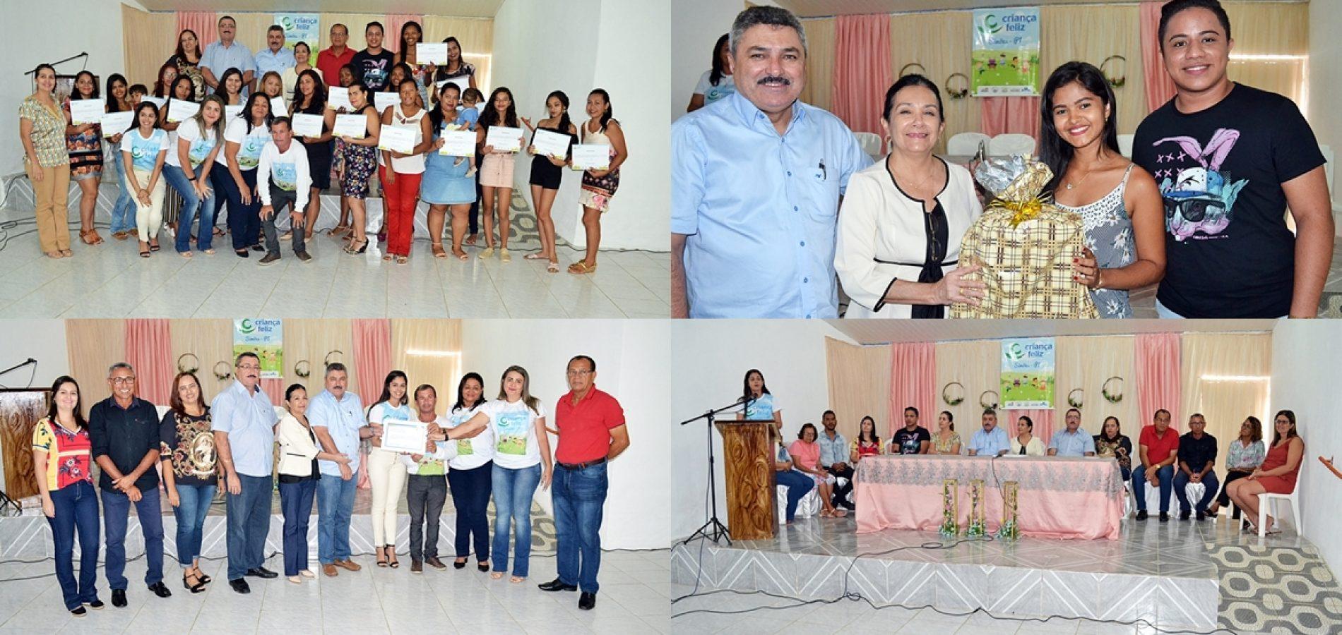 Assistência Social de Simões promove oficina de beleza para mães do programa Criança Feliz