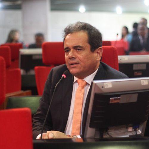 """Deputado sobre homens que morreram em busca de água: """"Vergonha para o Piauí"""""""