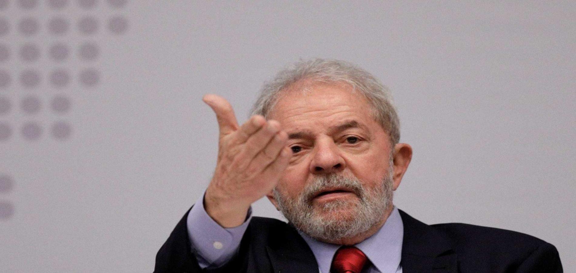 Juiz dá 8 dias para Lula se manifestar no caso do sítio e ação seguir para TRF-4